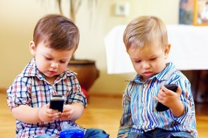 toddlers with mobile phones